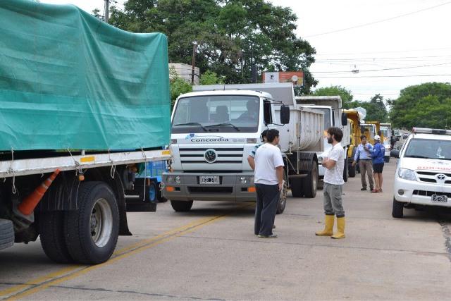 El gobierno asiste a los afectados por el temporal